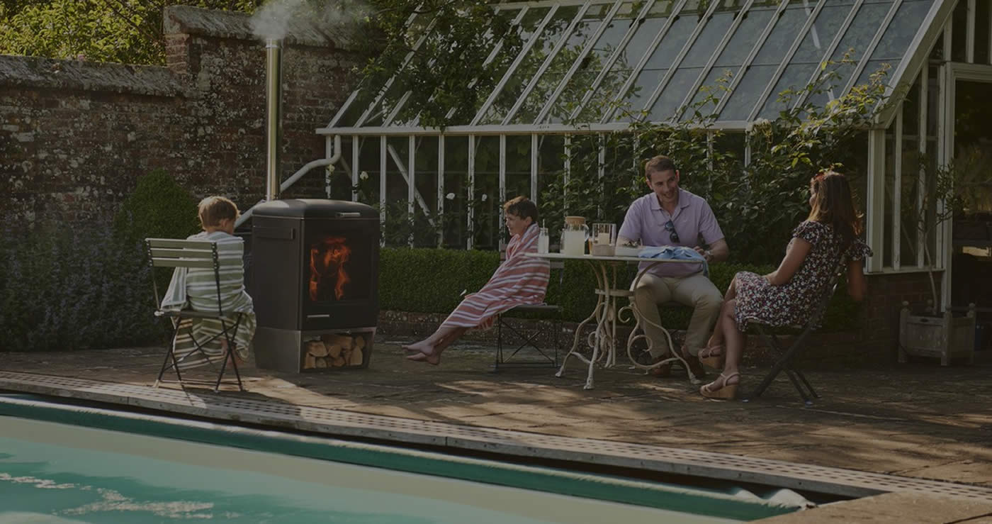 Experience OUTDOOR LIVING